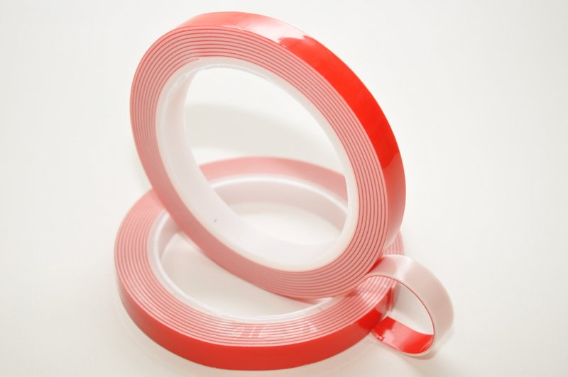 6mm x 1.1mm x 33 Metres White Structural Acrylic Gel Tape With Red Liner