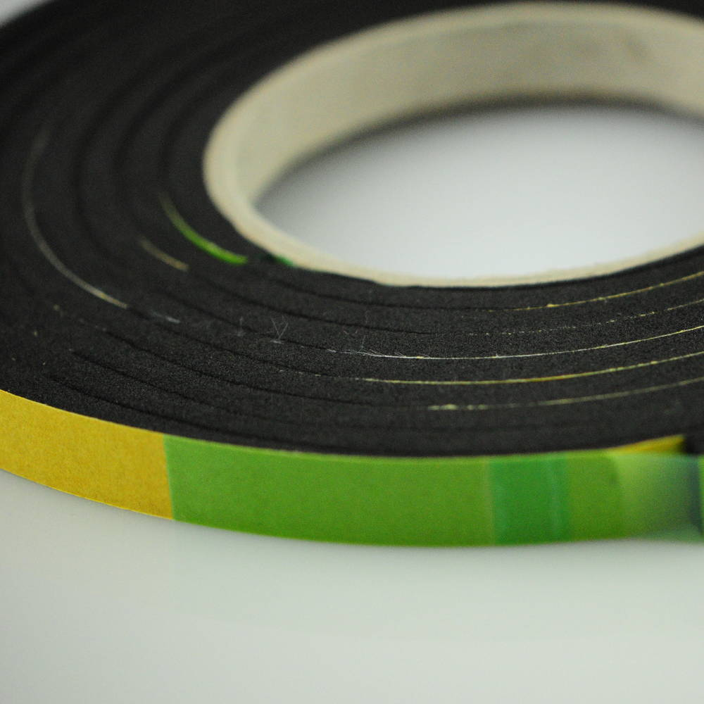 5-10mm x 20mm X 5.6 Metres Polyurethane Expanding Foam Sealing Tape with seal showing